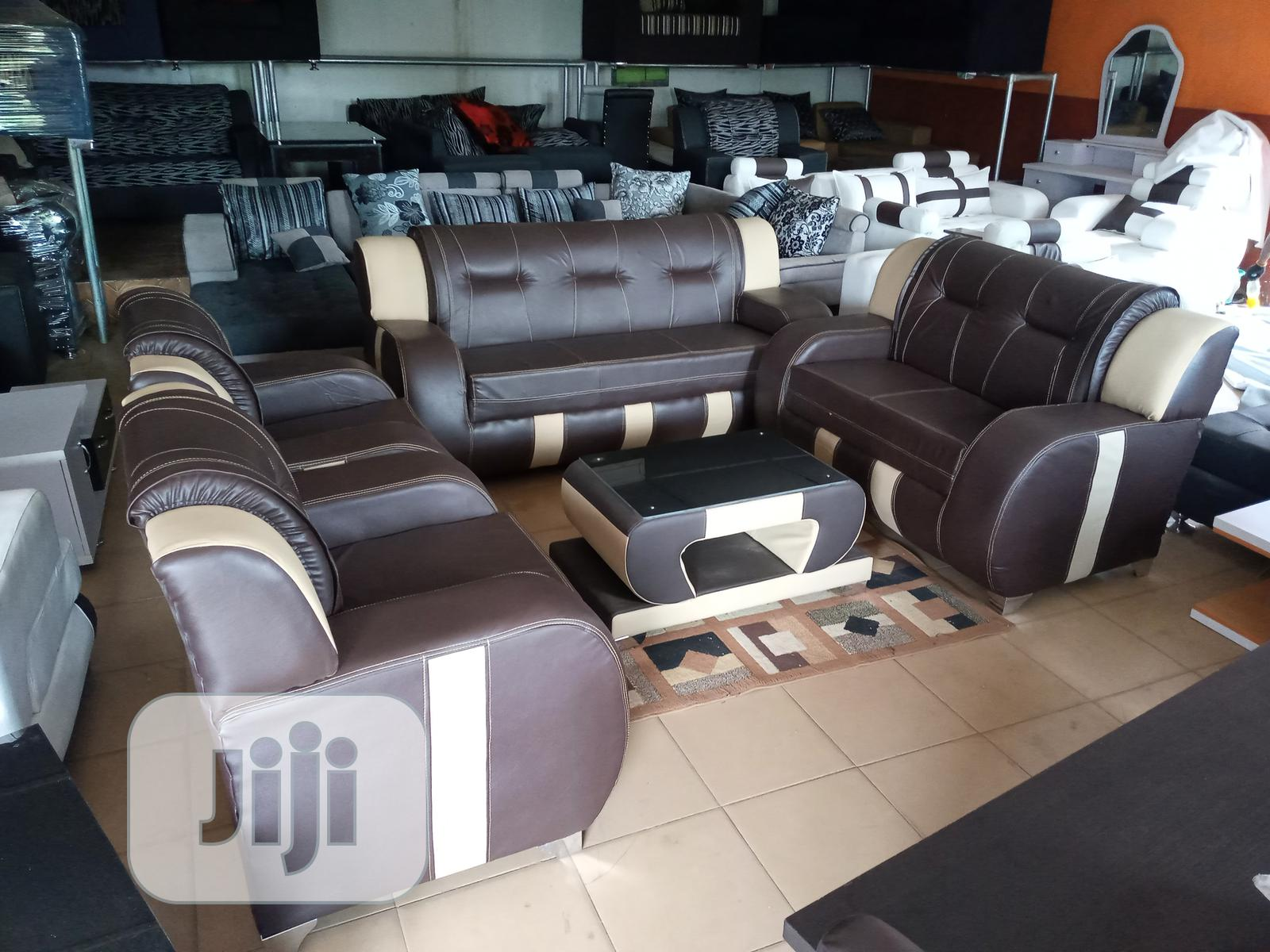Sofa Chair Of 7 Seaters With Centre Table - Leather Couch