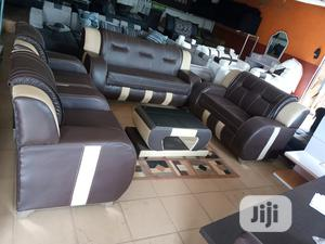Set Of 7 Seater Sofa Chair With Centre Table - Leather Couch   Furniture for sale in Lagos State, Shomolu