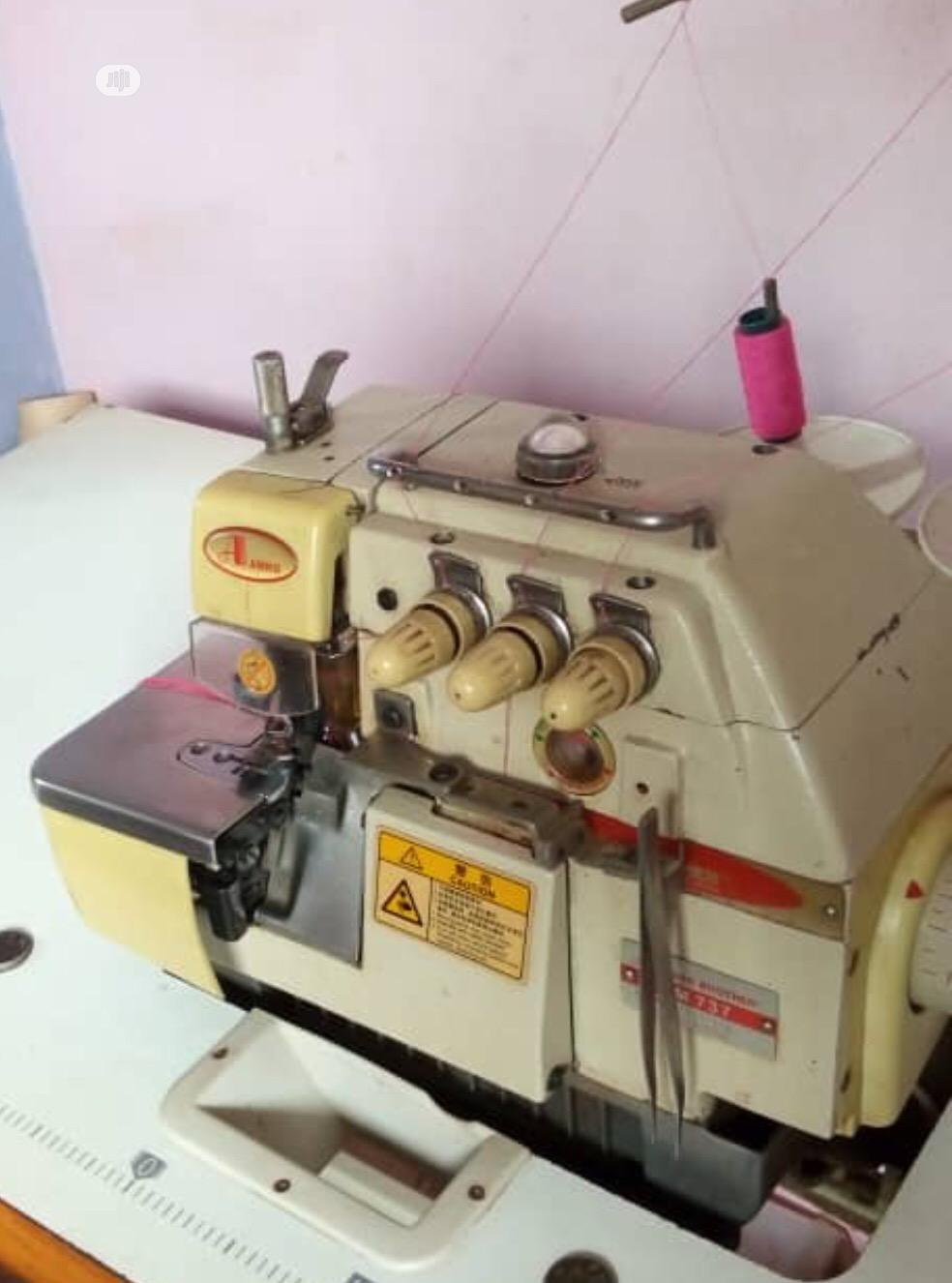 Overlocking Weaving Machine | Manufacturing Equipment for sale in Oyo, Oyo State, Nigeria