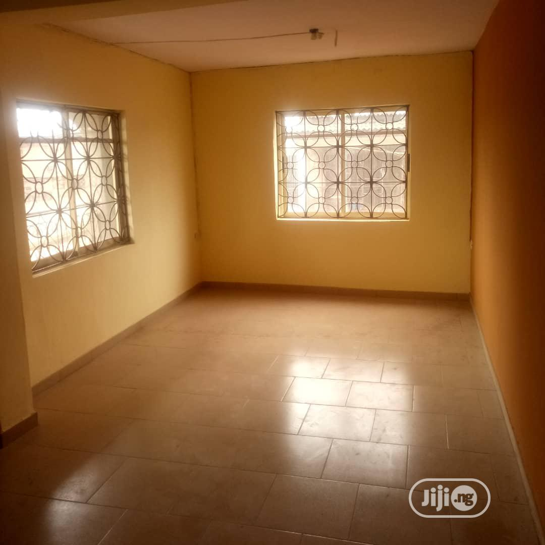 A Well Renovated Mini Flat | Houses & Apartments For Rent for sale in Yaba, Lagos State, Nigeria
