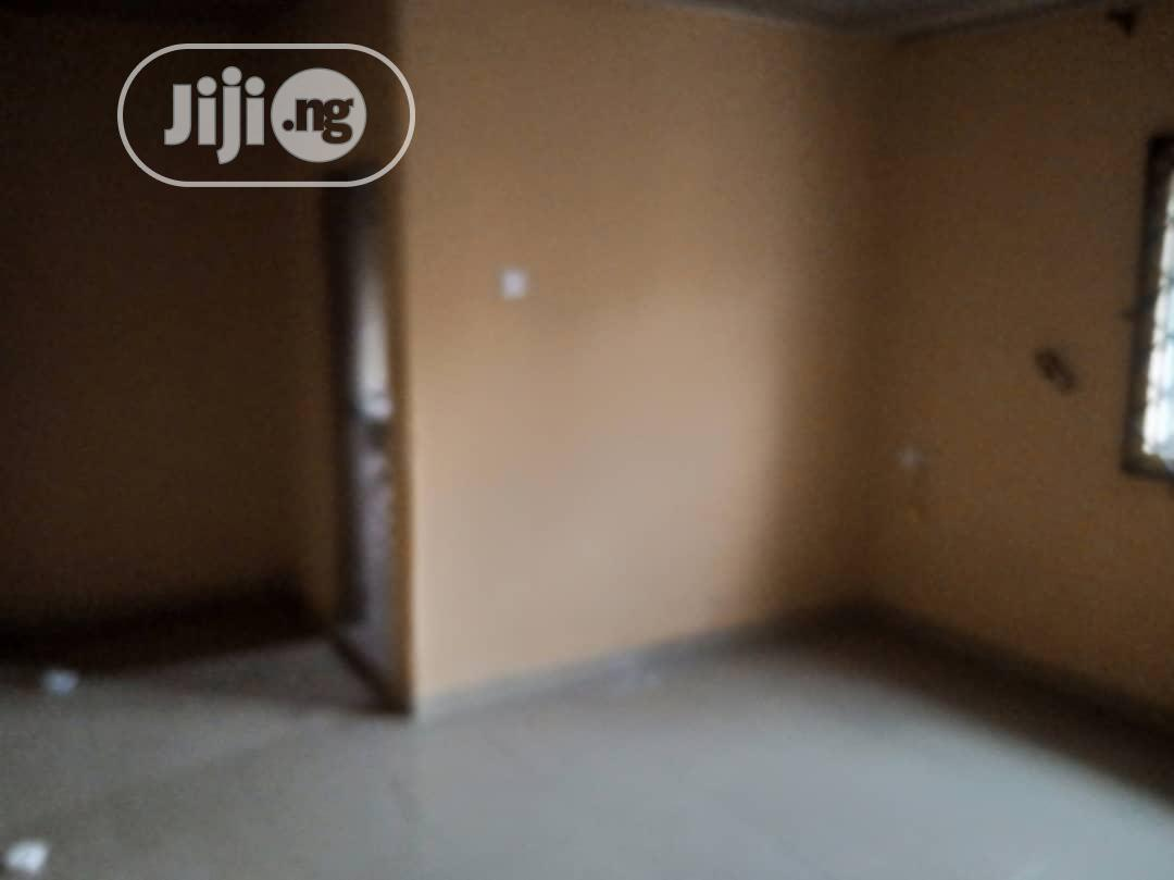 Neatly Used Room And Parlour Self-contained | Houses & Apartments For Rent for sale in Benin City, Edo State, Nigeria