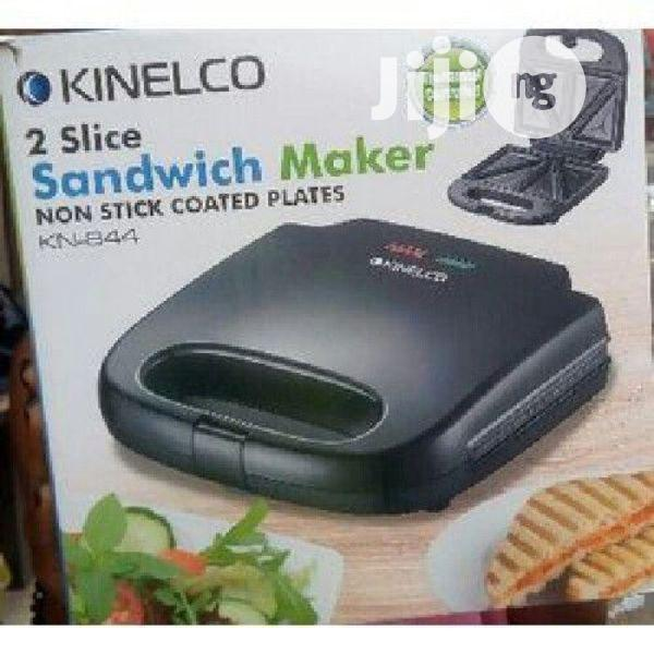 Kinelco Nonstick Coated Bread Toaster/Sandwich Maker