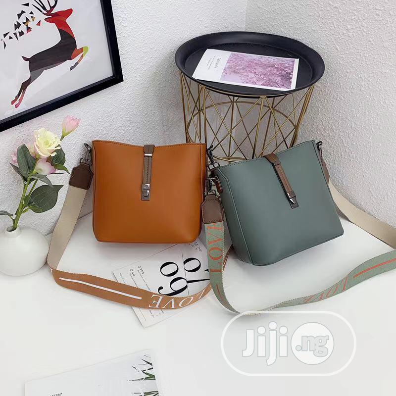 Archive: Quality Ladies Hand Bag