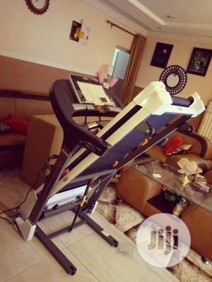2.5hp Heavy Duty Treadmill With Massager and Mp3   Sports Equipment for sale in Lagos State, Lekki