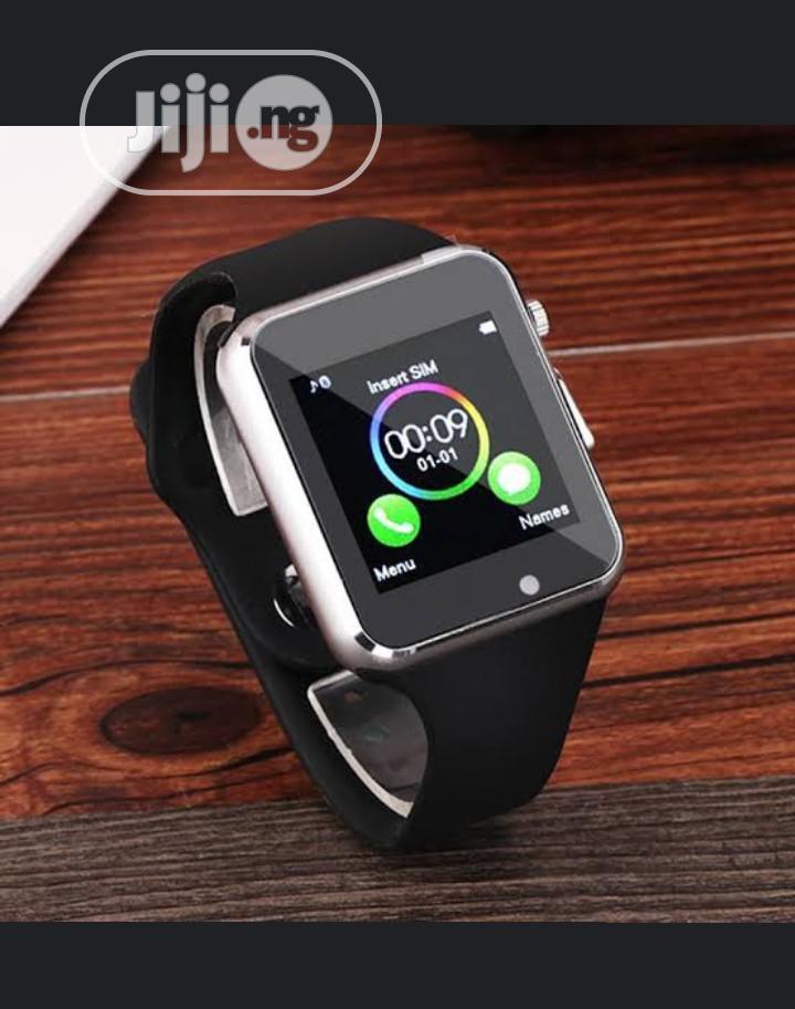 Smartwatch With SIM Card & Memory Card Camera