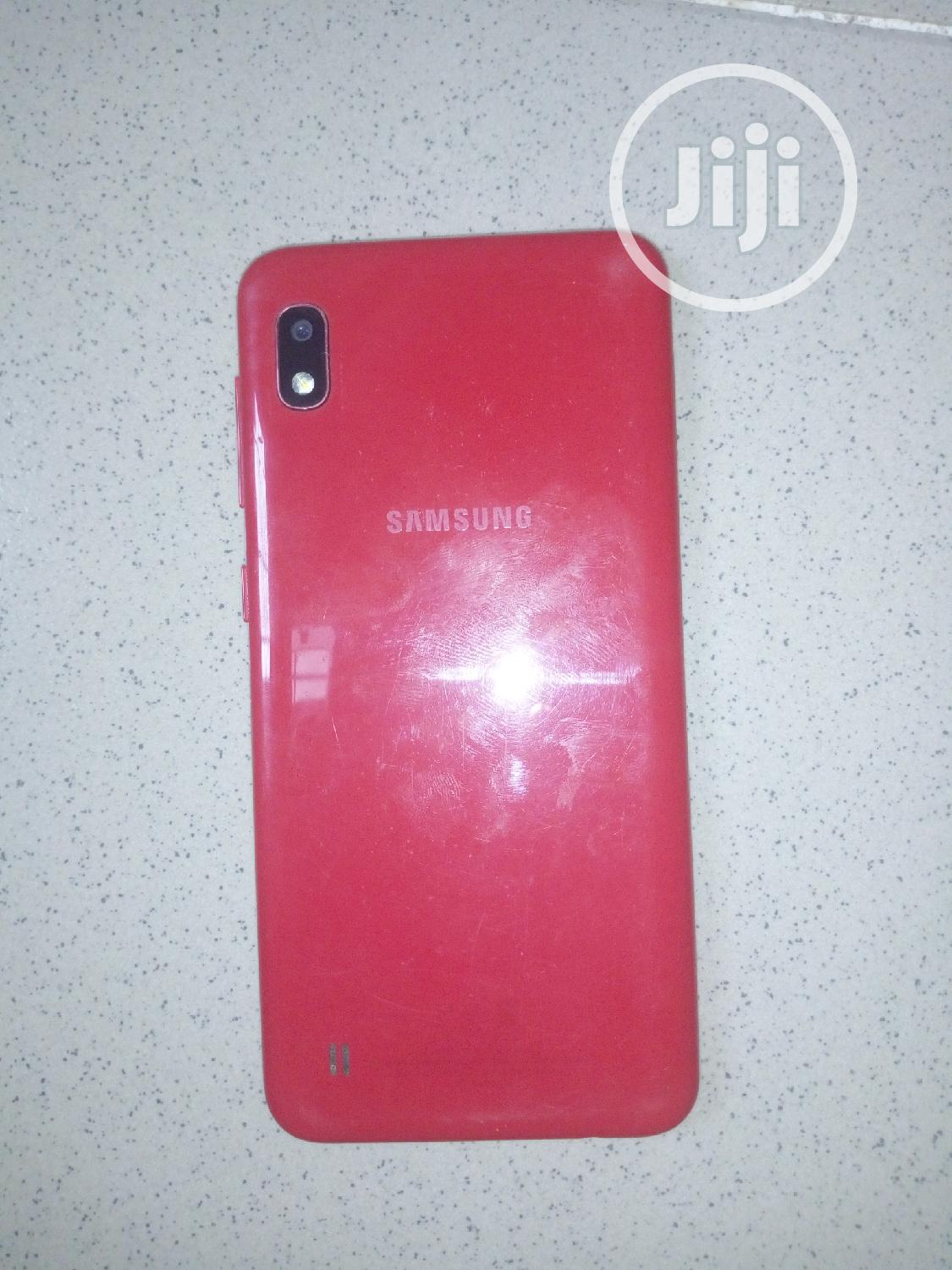 Archive: Samsung Galaxy A10 32 GB Red