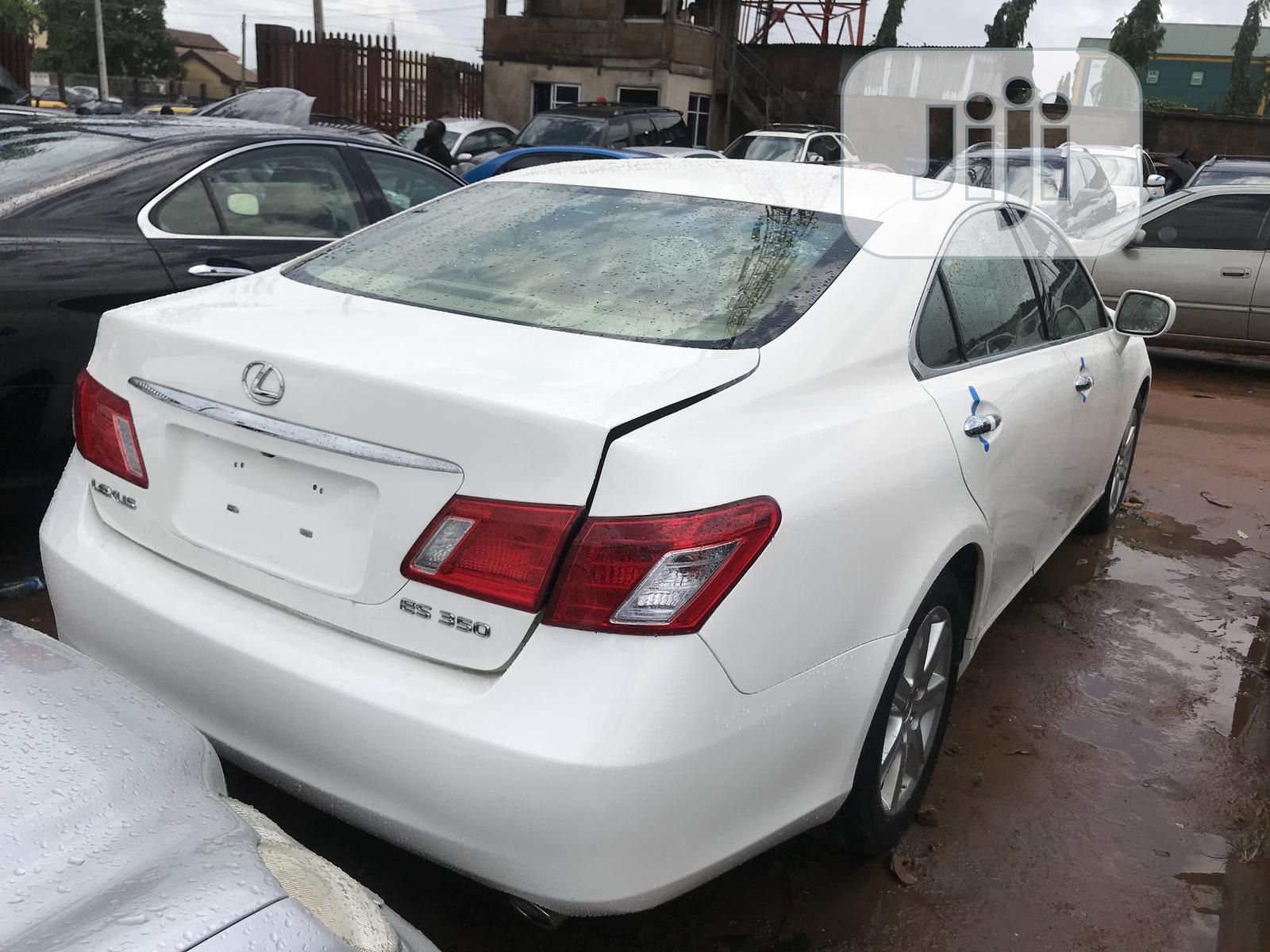 Lexus ES 2009 350 White | Cars for sale in Benin City, Edo State, Nigeria