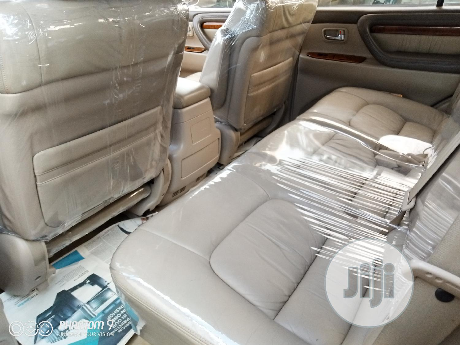 Lexus LX 2004 470 Sport Utility Gray | Cars for sale in Apapa, Lagos State, Nigeria