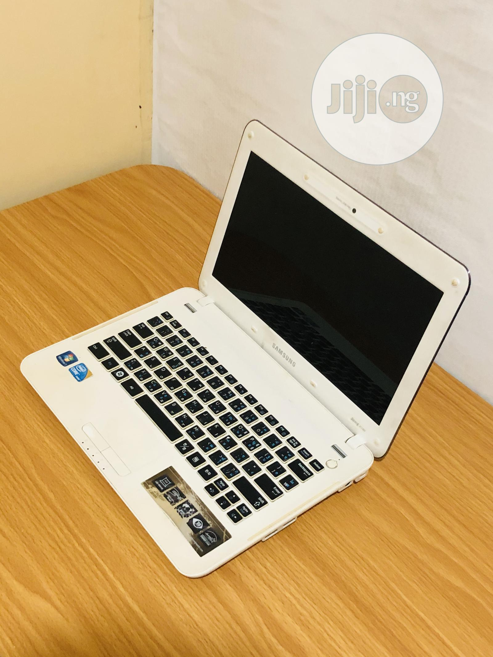 Laptop Samsung X125 4GB Intel Core i3 HDD 250GB | Laptops & Computers for sale in Wuse, Abuja (FCT) State, Nigeria