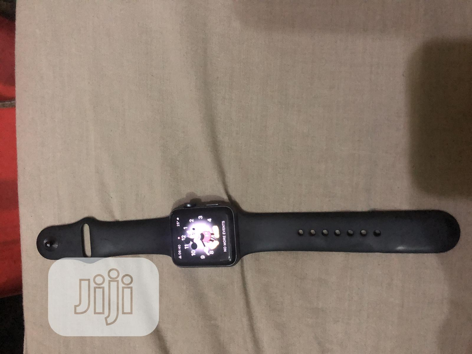 Sales of Apple Watch (Perfect or Broken Screen)   Smart Watches & Trackers for sale in Ikeja, Lagos State, Nigeria