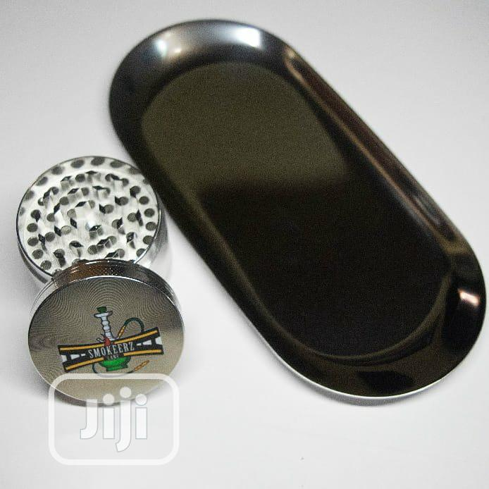 Archive: Weed Rolling Tray With A Matching Crusher