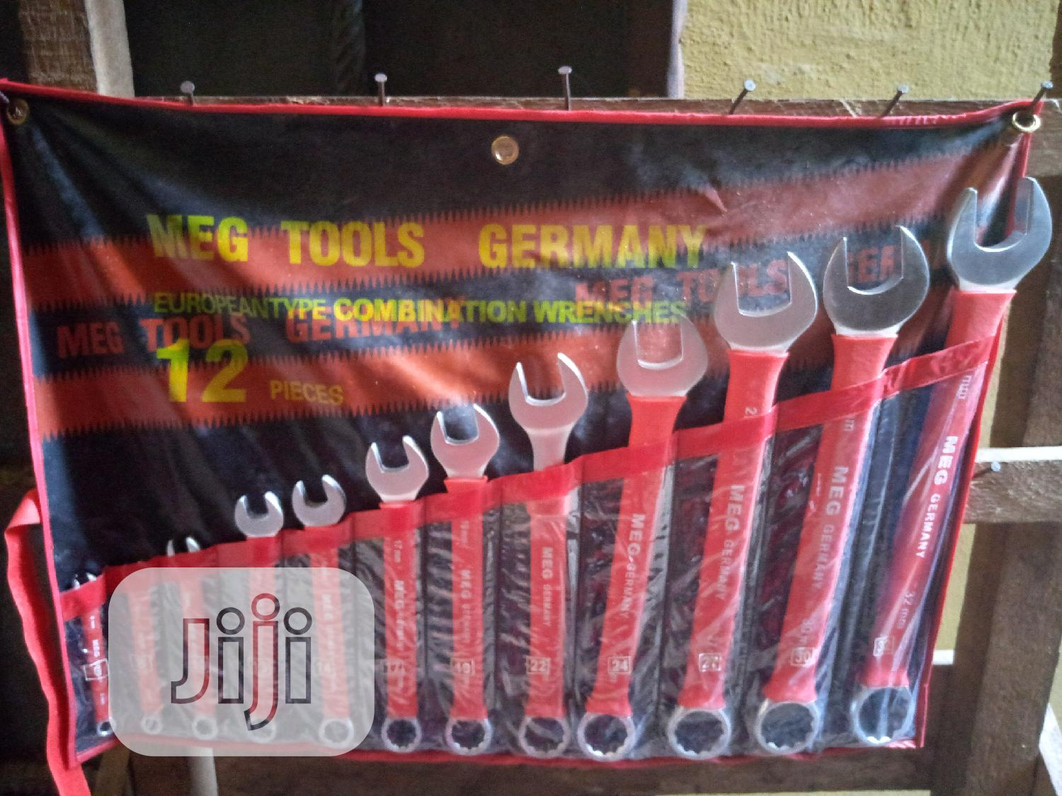 Set Of Combination Spanner
