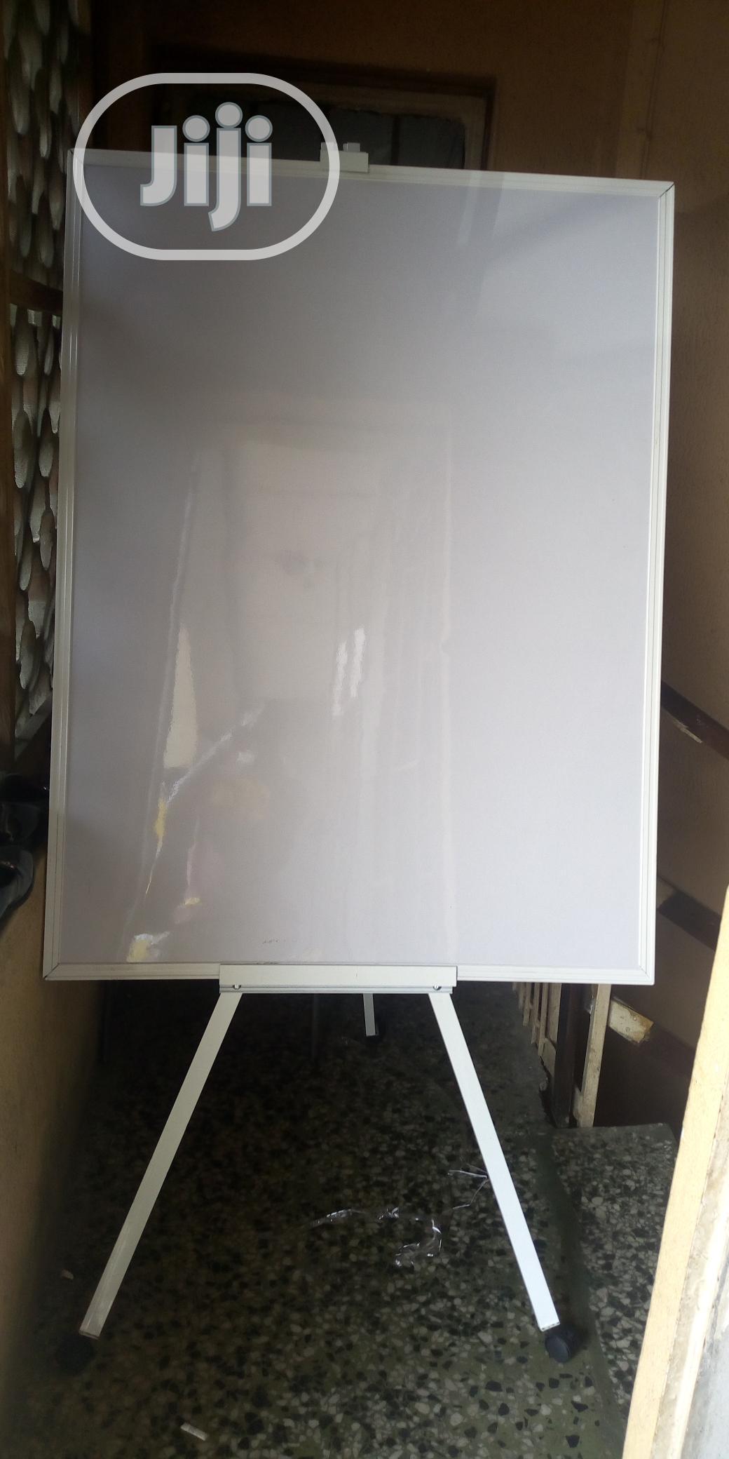Local Board 90x120cm