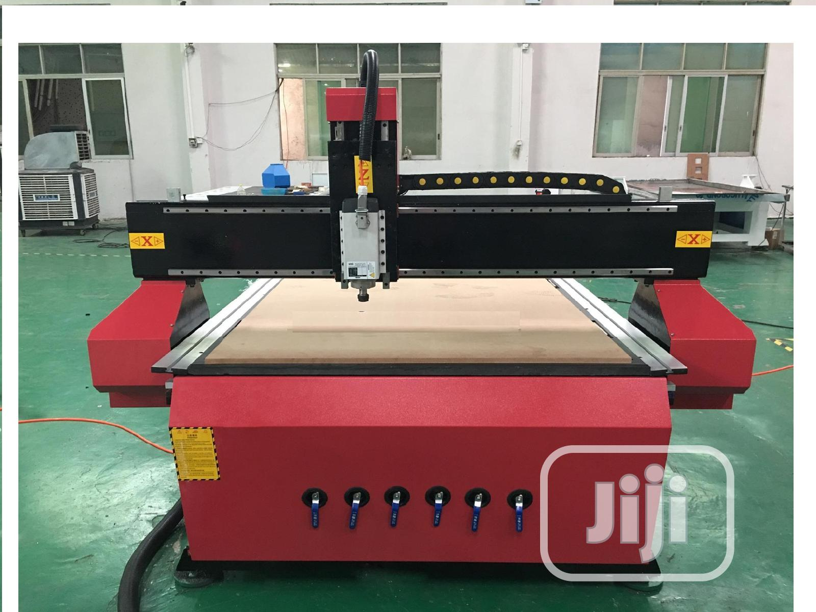 Wood Cnc Router Engraving Machine With 4.5kw Spindle