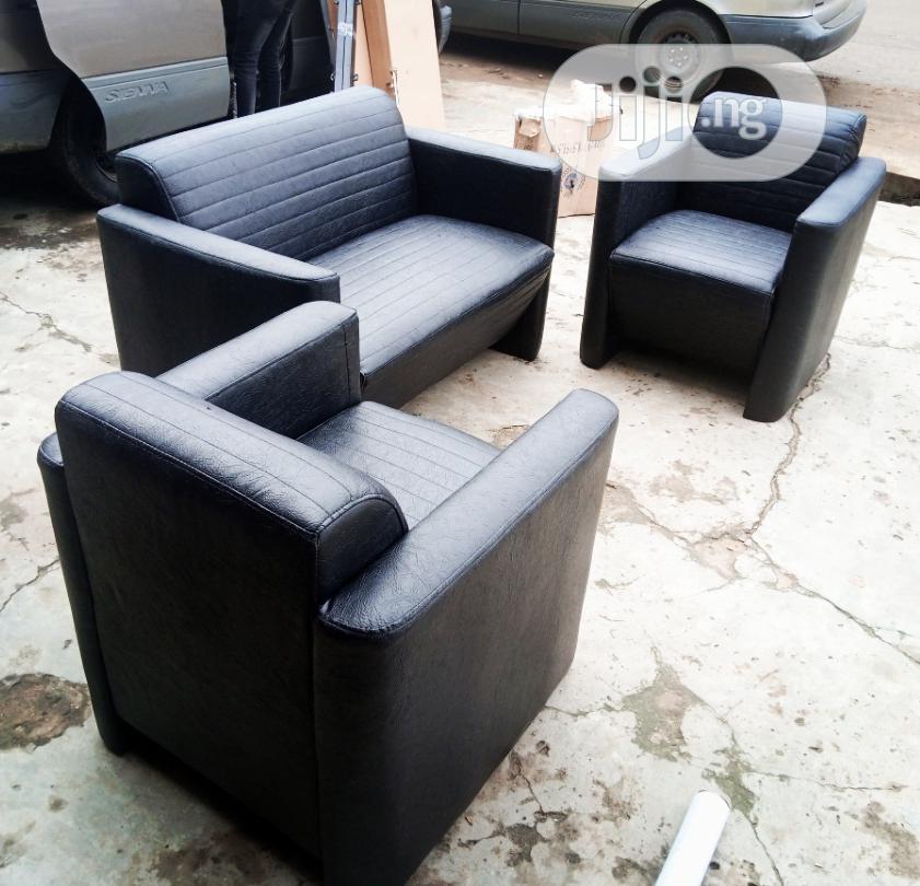 Sofa. .....