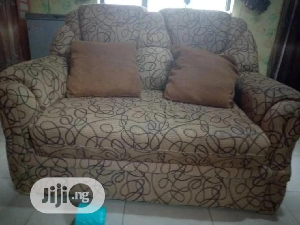 Comfy Complete Set Of Chairs 3-2-1-1 In Good Conditio