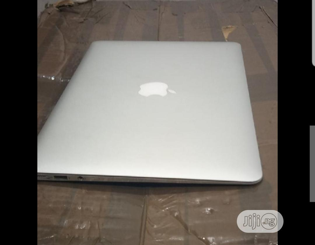 Laptop Apple MacBook Air 8GB Intel Core I5 SSD 256GB | Laptops & Computers for sale in Wuse, Abuja (FCT) State, Nigeria