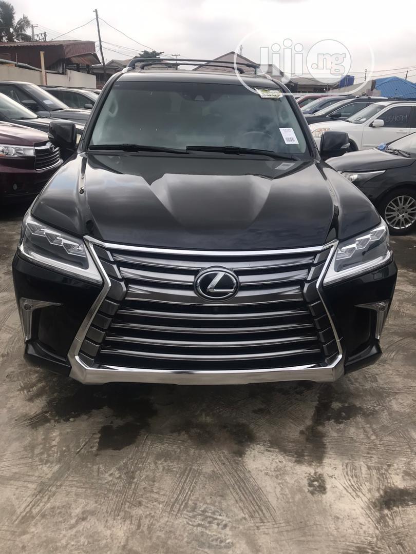 Archive: Lexus LX 2017 Black