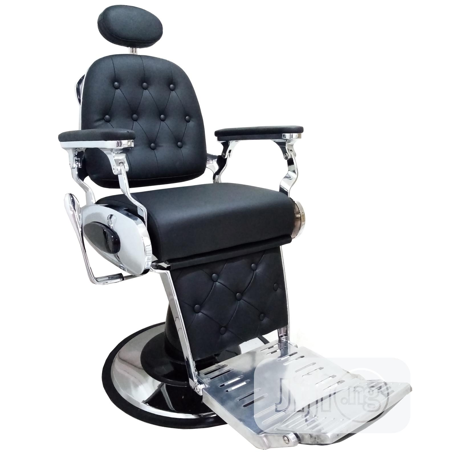 Barber Chair 8666