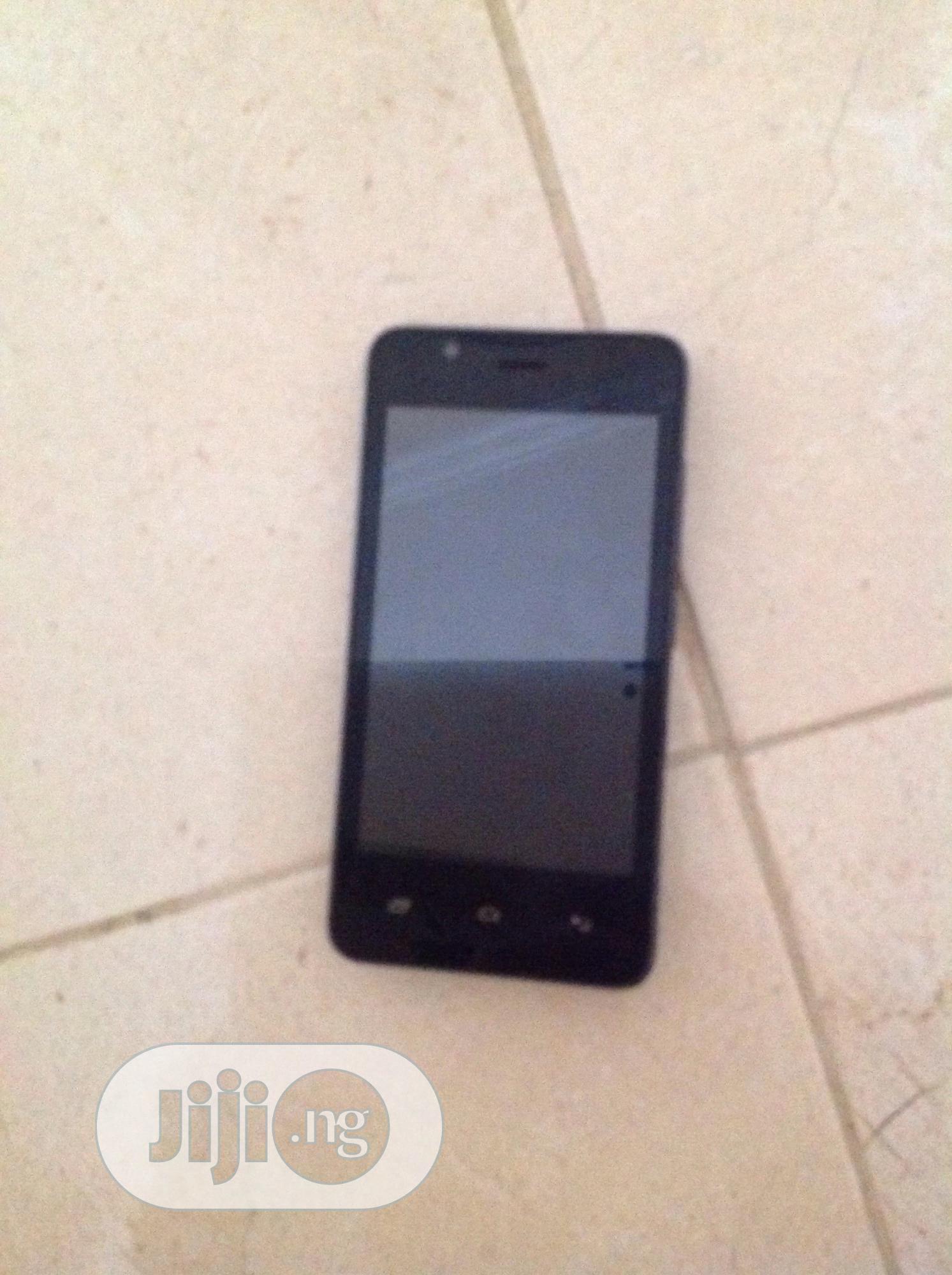 Archive: Fero A4001 8 GB Black