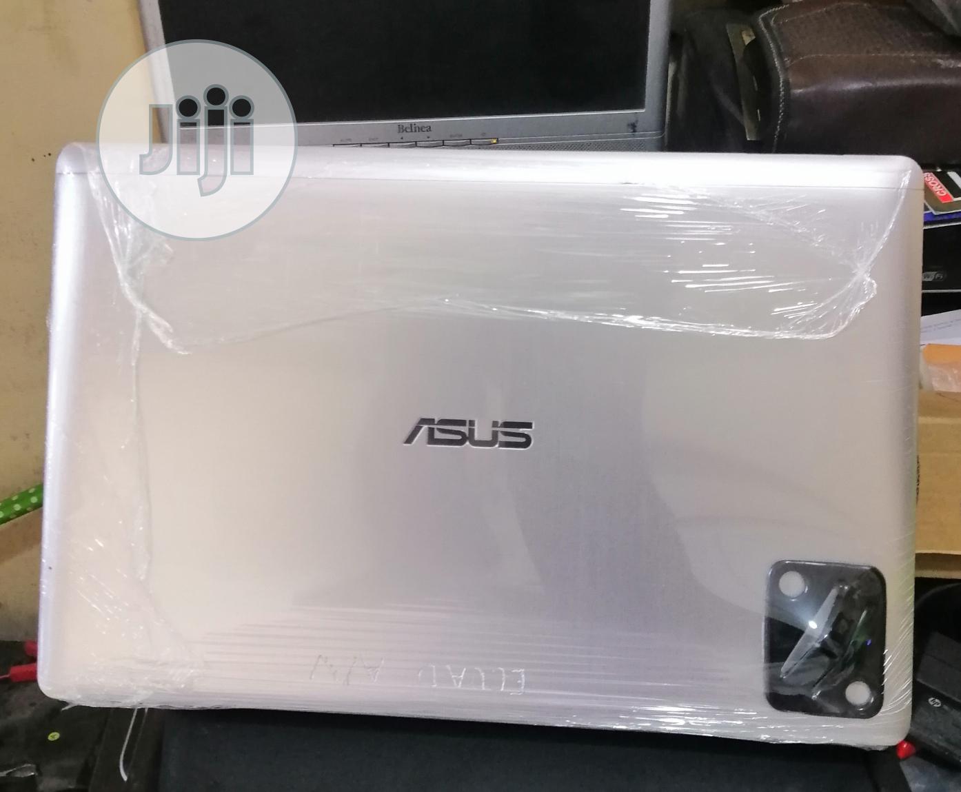 Archive: Laptop Asus VivoBook E12 E203NA 4GB Intel Core i3 SSD 128GB