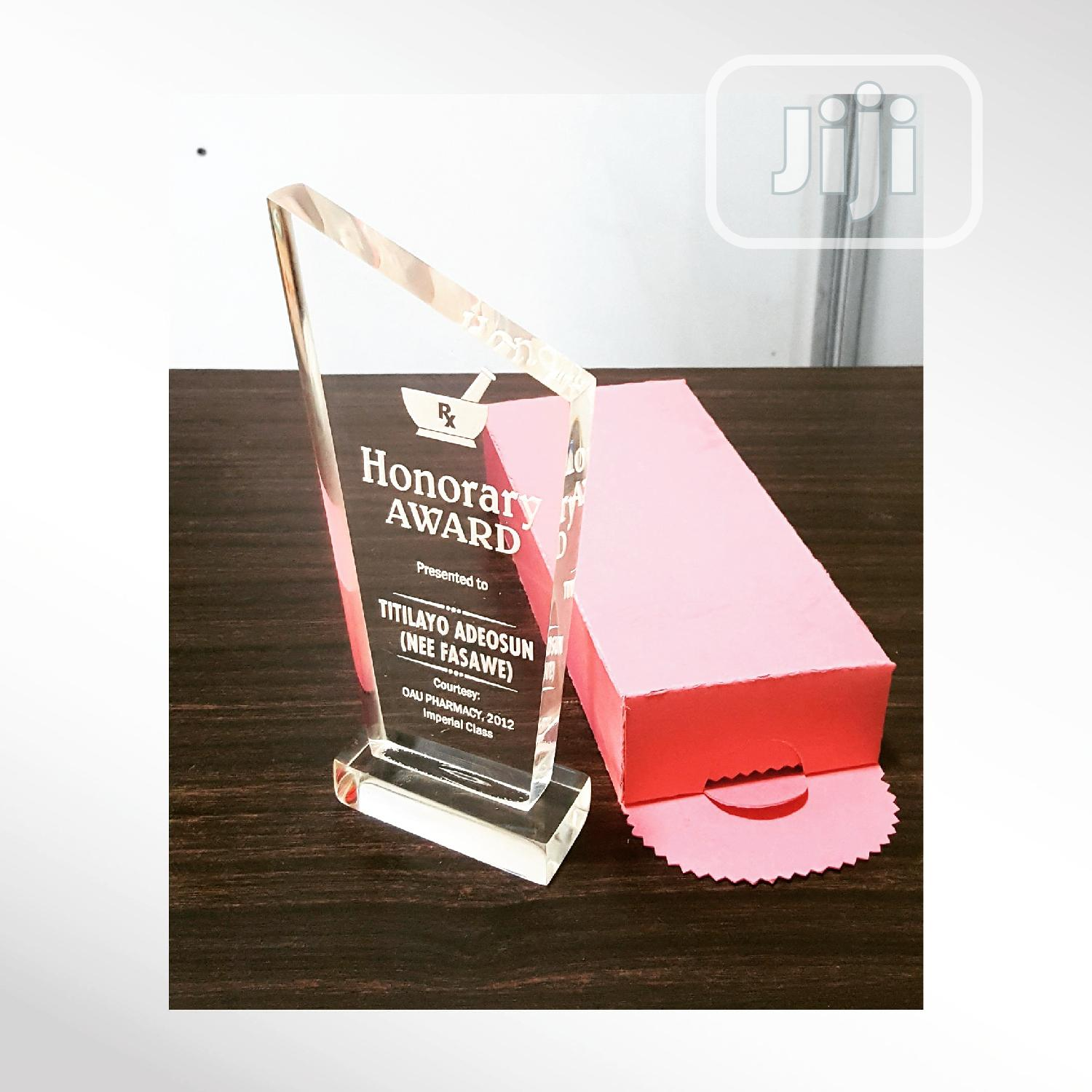 Award Plaque Crystal, Acrylic And Wooden Concepts