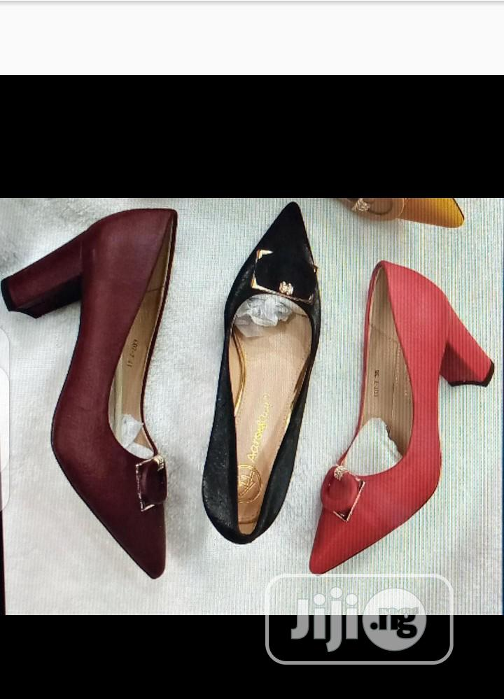 Archive: New Quality Female Heel Shoes