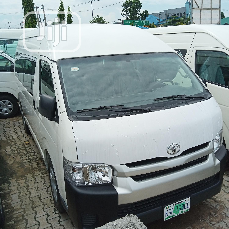 Toyota Hiace 2012 White