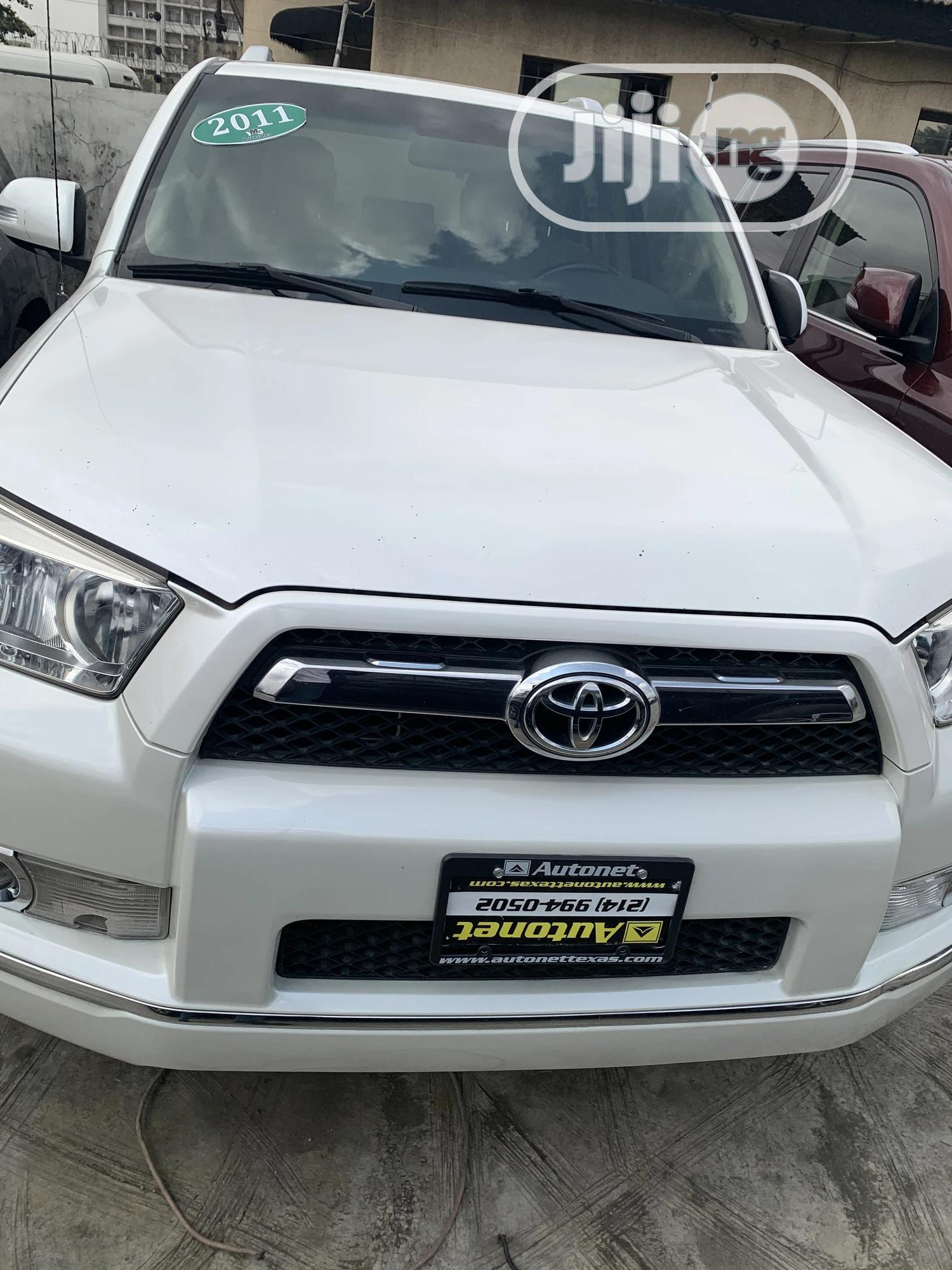 Toyota 4-Runner 2011 Limited 4WD White