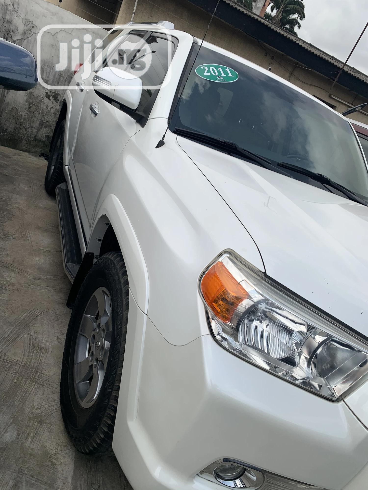Toyota 4-Runner 2011 Limited 4WD White | Cars for sale in Ikeja, Lagos State, Nigeria