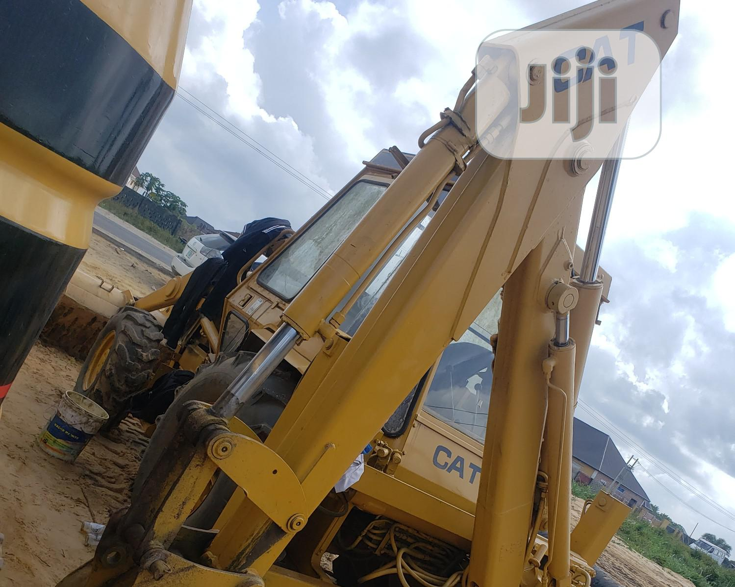 Company Used Caterpillar Backhoe 1999 | Heavy Equipment for sale in Ajah, Lagos State, Nigeria