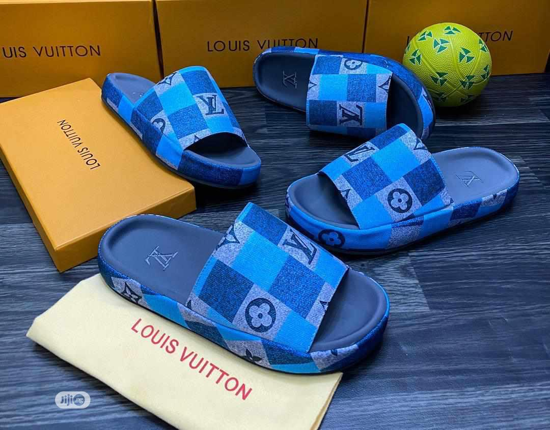 Slide Palm(Louis Vuitton)   Shoes for sale in Gbagada, Lagos State, Nigeria