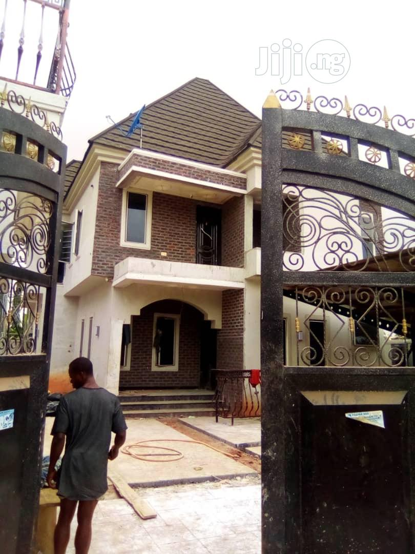 7 Bedroom Duplex With Palour | Houses & Apartments For Sale for sale in Oshimili South, Delta State, Nigeria