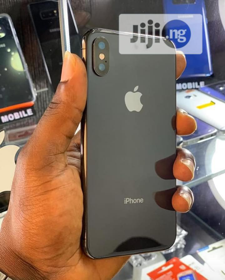 Archive: Apple iPhone XS Max 64 GB