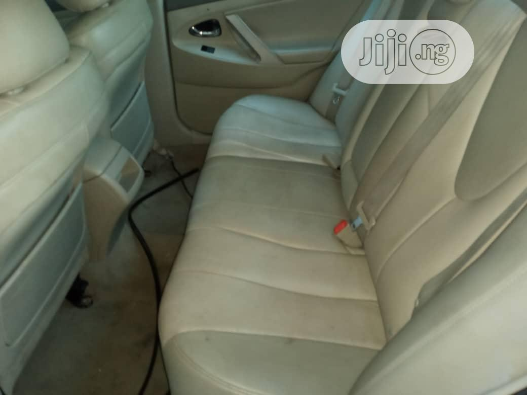 Archive: Toyota Camry 2008 2.4 LE Gold