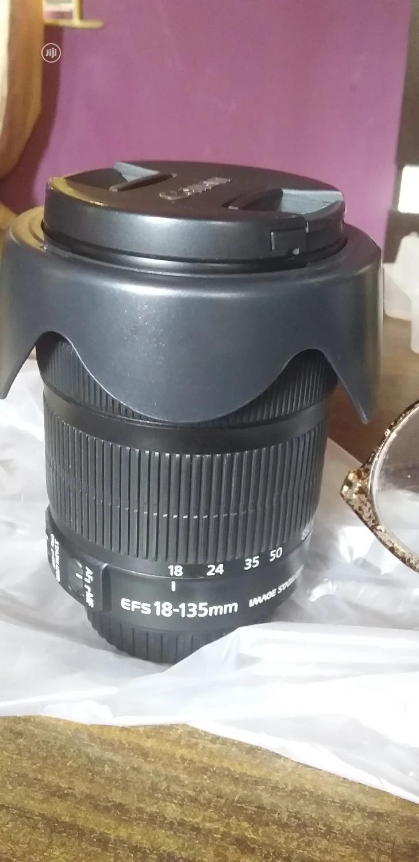 Canon 18-300mm Nano USM Lens