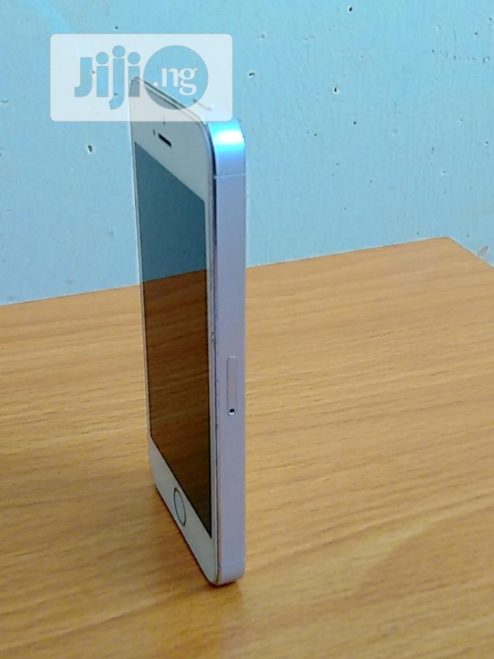 Archive: Apple iPhone 5s 16 GB White