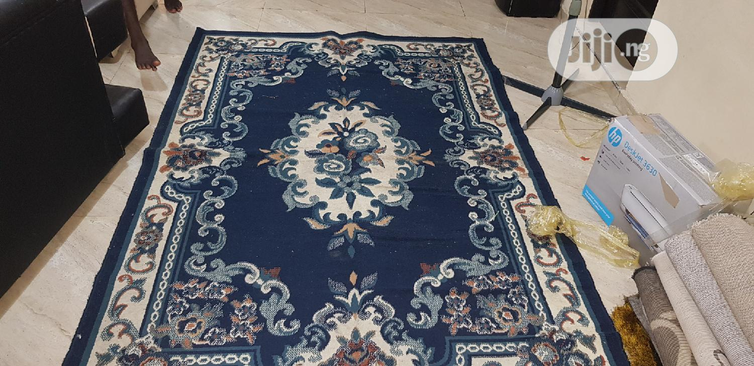 Archive: Center Rugs