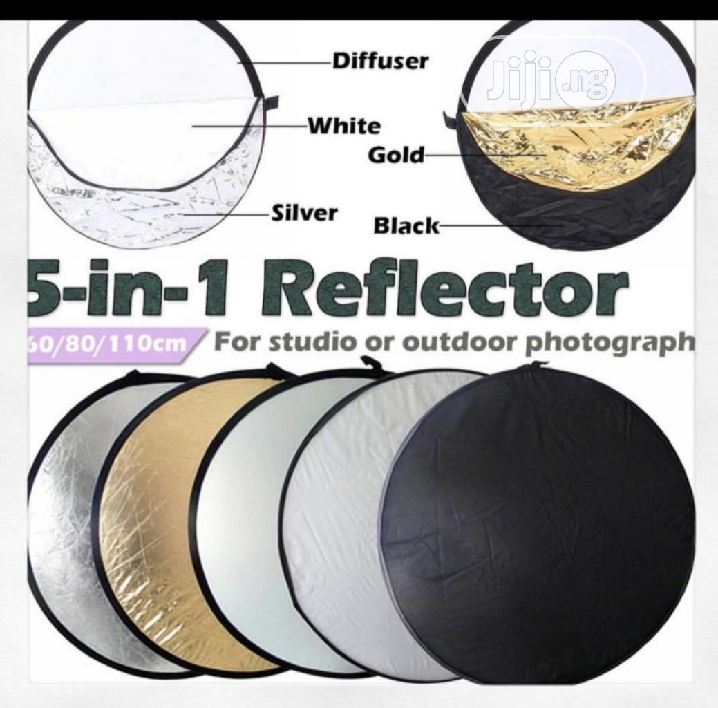 Reflector Background 5 Colour In 1