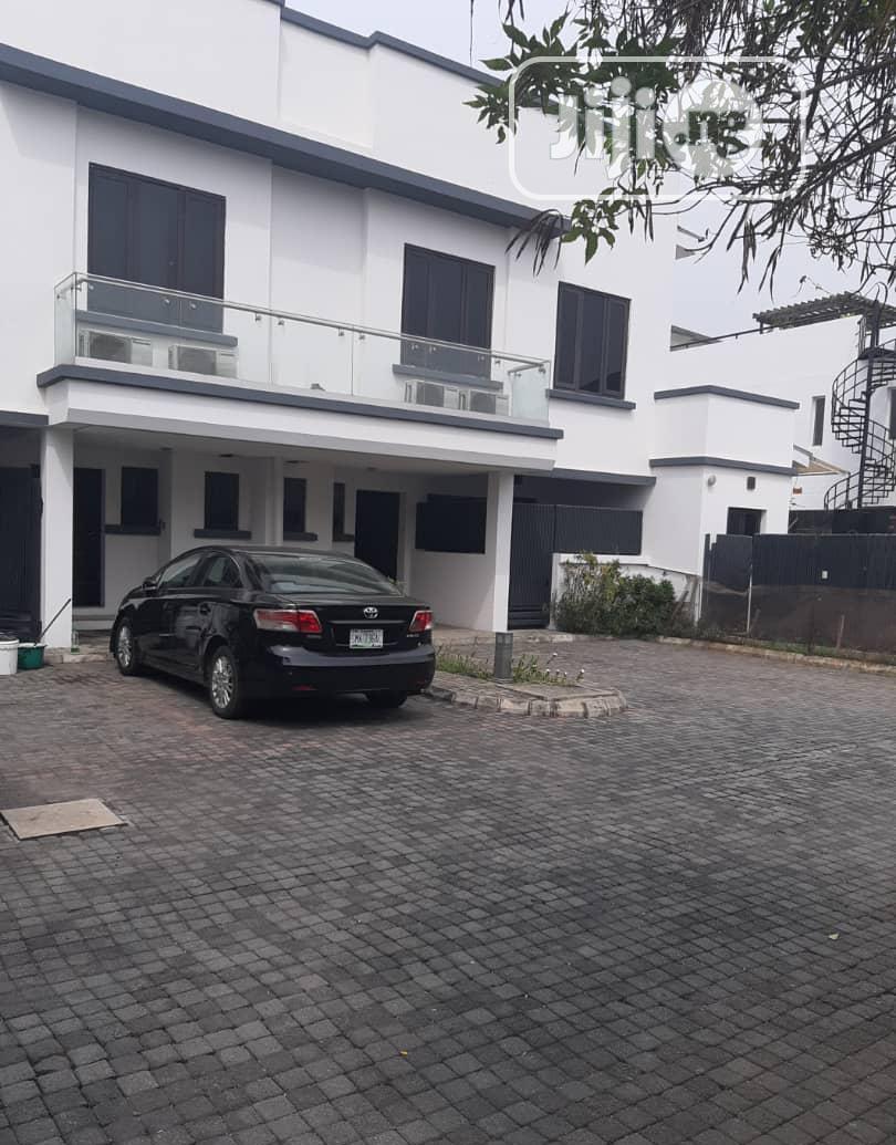 Lease: 3 Bedroom Terrace + Bq In Banana Island,Ikoyi