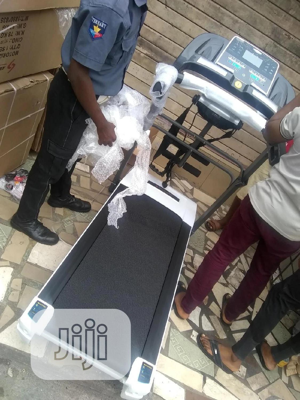 2.5hp Treadmill Heavy Duty With Massager