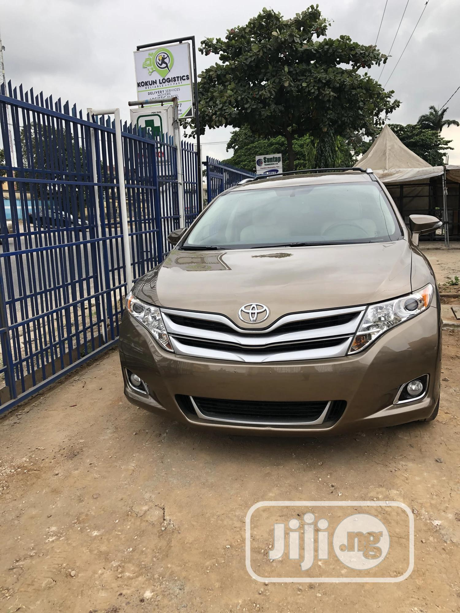 Toyota Venza 2013 LE AWD Brown
