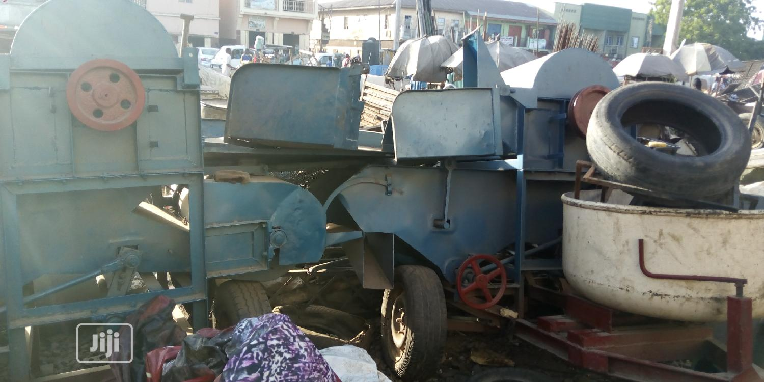 Industrial Rice Thresher
