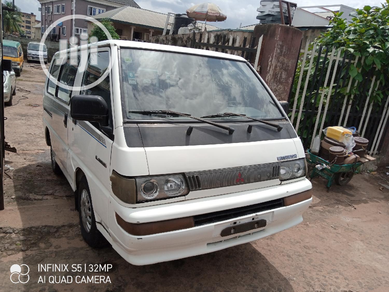 Mitsubishi L300 2004 White | Buses & Microbuses for sale in Onitsha, Anambra State, Nigeria