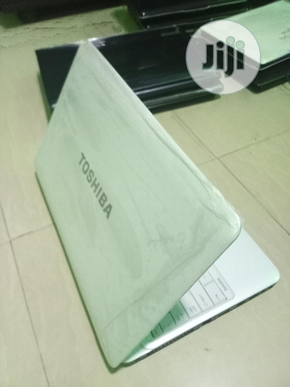 Laptop Toshiba Satellite L750D 4GB AMD HDD 320GB | Laptops & Computers for sale in Lagos Island (Eko), Lagos State, Nigeria