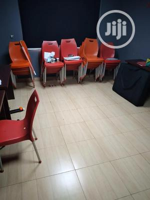 Meeting Room For Let   Event centres, Venues and Workstations for sale in Lagos State, Surulere