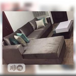 Set of L-Shaped Sofa With a Center Table | Furniture for sale in Lagos State, Ilupeju