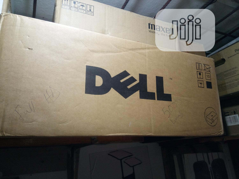 Dell Projector 5000 Lumens