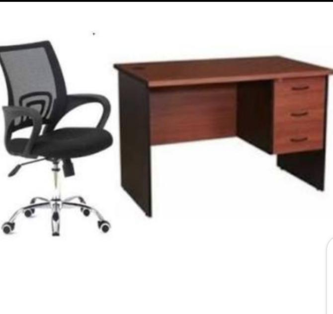 Archive: Office Chair and Table
