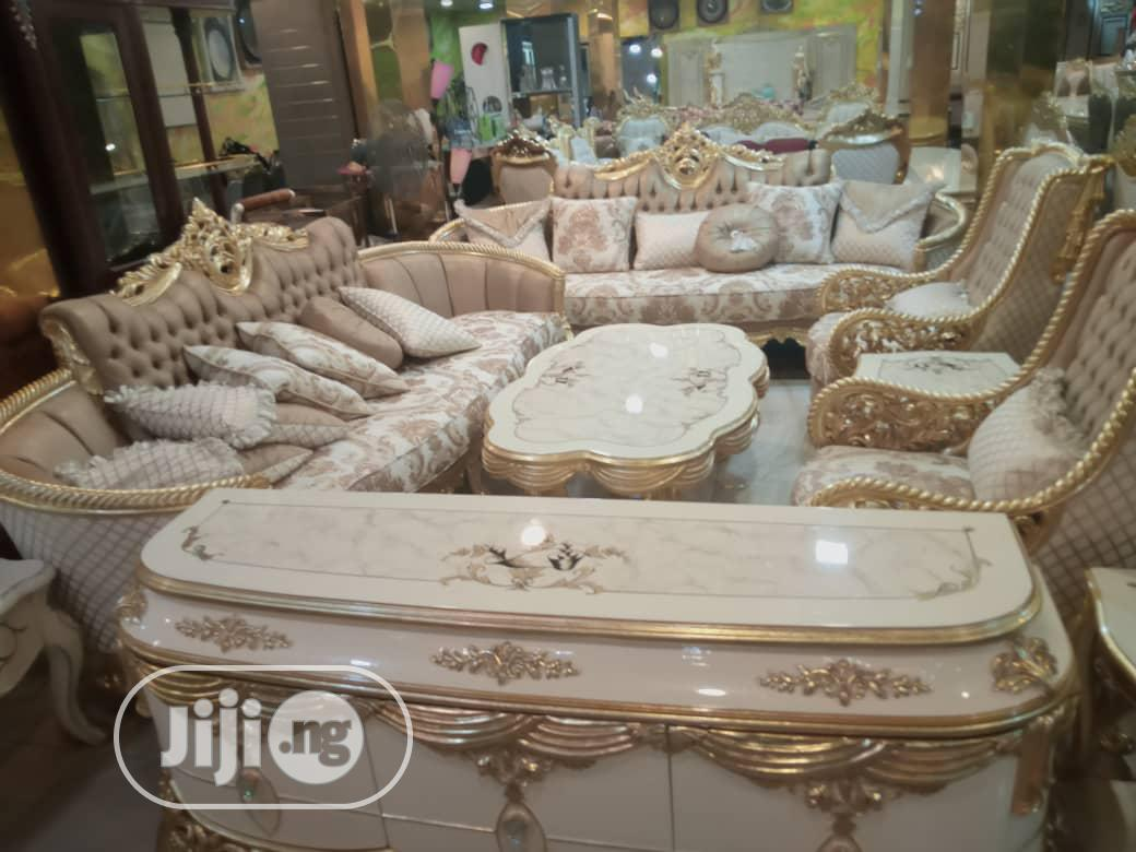 Beautiful Classic Sofa Sets